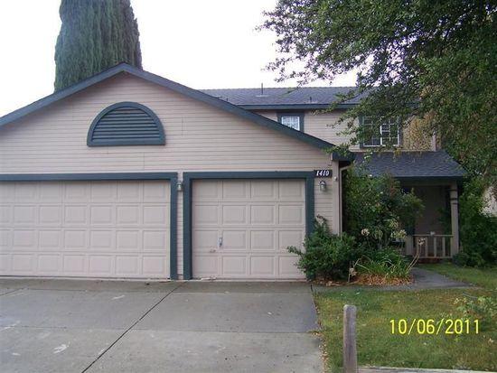 1410 Garfield Dr, Woodland, CA 95776
