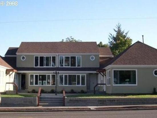 2438 NE Killingsworth St APT 3, Portland, OR 97211