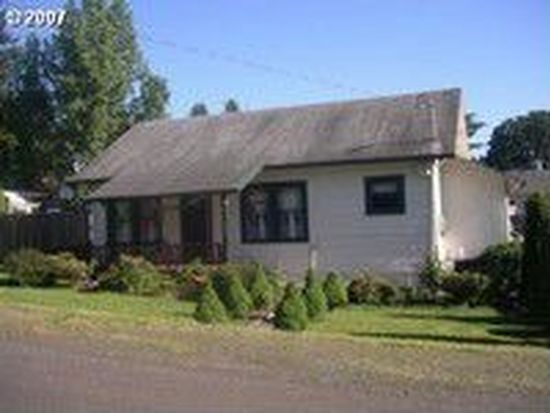 420 SE 2nd Ave, Estacada, OR 97023