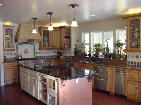 27168 Moody Ct, Los Altos Hills, CA 94022