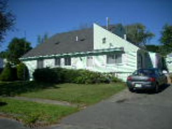 62 Bossidy Dr, Pittsfield, MA 01201