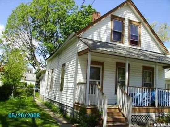 3272 W 56th St, Cleveland, OH 44102