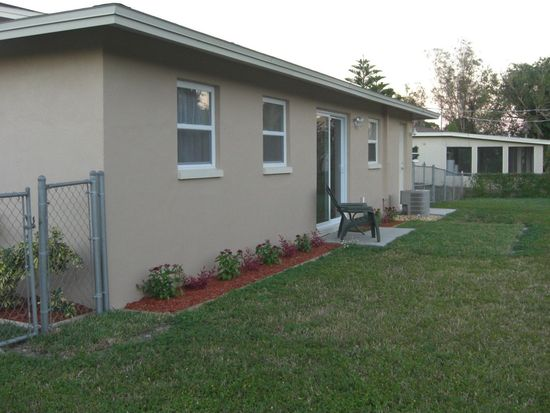 2386 Andros Ave, Fort Myers, FL 33905