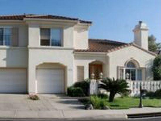 5706 Glen Oaks Dr, La Verne, CA 91750