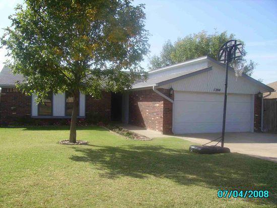 1204 Northridge Rd, Moore, OK 73160