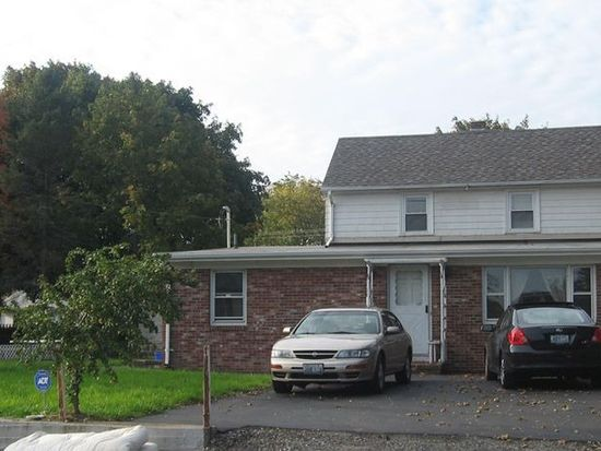33 Dyerville Ave, Johnston, RI 02919