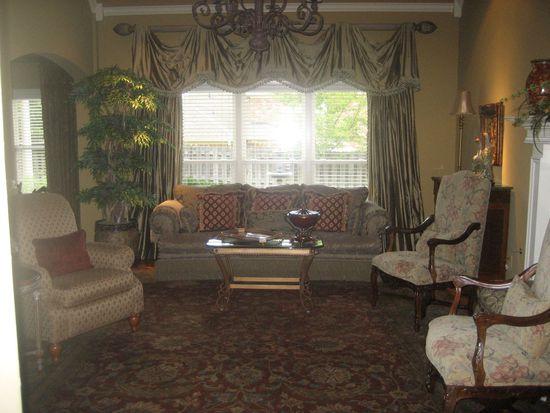 920 Warwick Oaks Ln N, Collierville, TN 38017