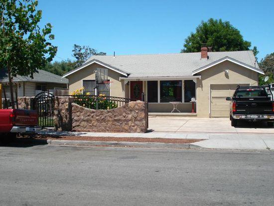 1125 Carlton Ave, Menlo Park, CA 94025