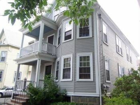 9 Glover St, Salem, MA 01970