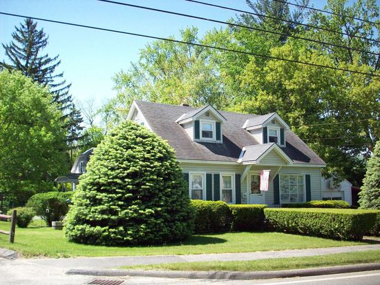 263 Sand Springs Rd, Williamstown, MA 01267
