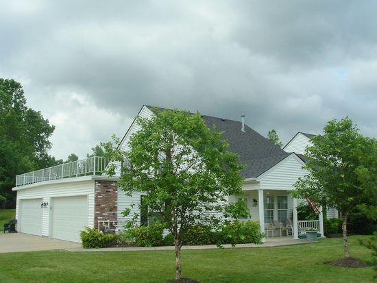 1800 Royal Oak Dr, Painesville, OH 44077