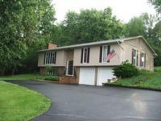 1708 Longwood Dr NE, Lancaster, OH 43130