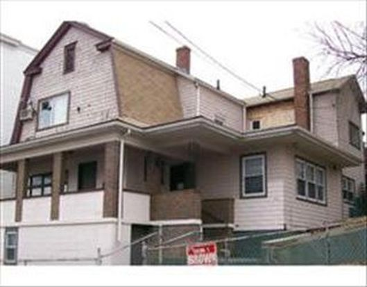 60 Cottage St, Chelsea, MA 02150