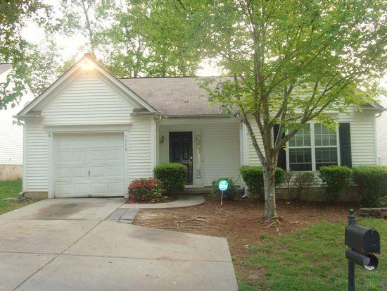 1519 Rumstone Ln, Charlotte, NC 28262