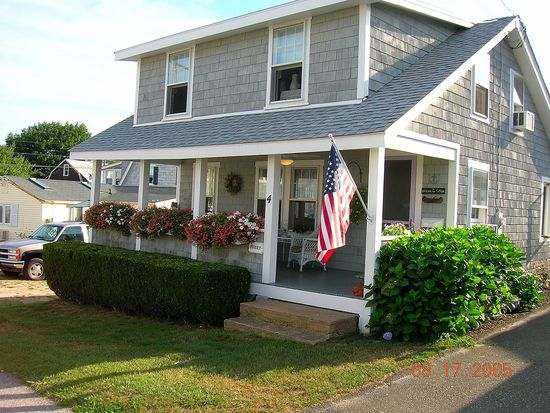 4 W Shore Dr, Old Saybrook, CT 06475