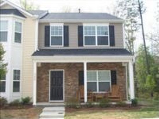 260 Hampshire Downs Dr, Morrisville, NC 27560