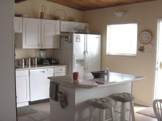 15202 Willow Rd, Lakeside, CA 92040