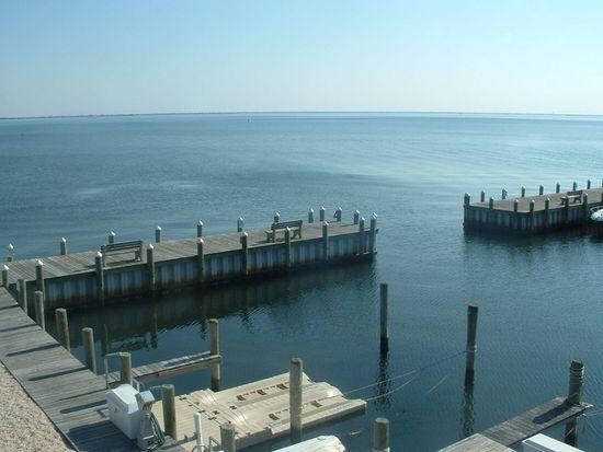 1 Grand Bay Harbor Dr, Waretown, NJ 08758