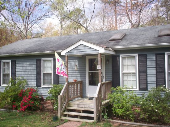 4812 Alberta Rd, Chesterfield, VA 23832