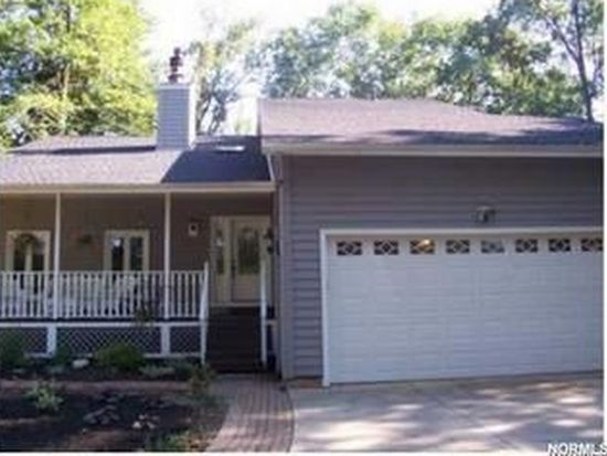 76 W River Rd, Valley City, OH 44280