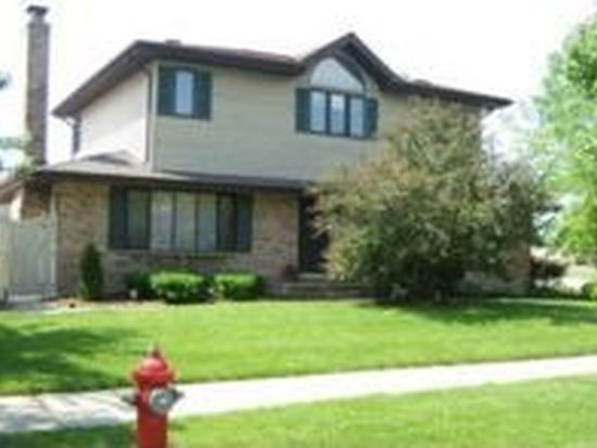 305 Ridgewood Ave, Bensenville, IL 60106
