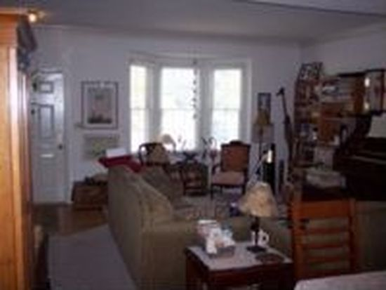 205 Barrie Pl, Falmouth, VA 22405