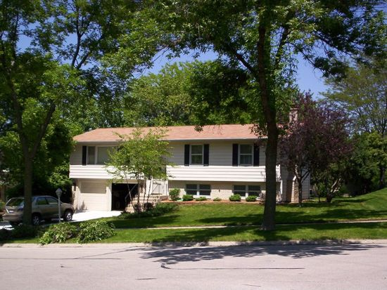 6661 Springside Ave, Downers Grove, IL 60516