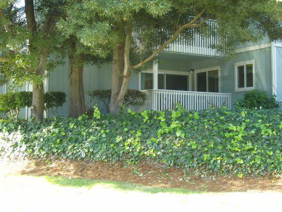 136 Canfield Ave APT A, Santa Cruz, CA 95060