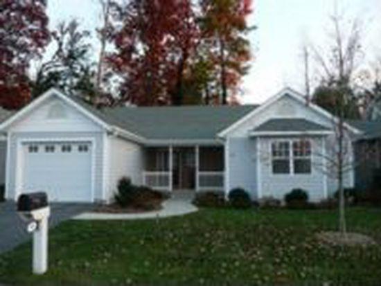 180 Charlestown Dr, Hendersonville, NC 28792