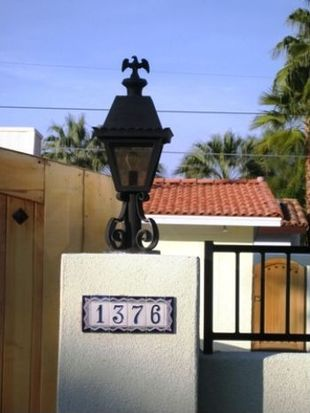 1376 E San Lorenzo Rd, Palm Springs, CA 92264