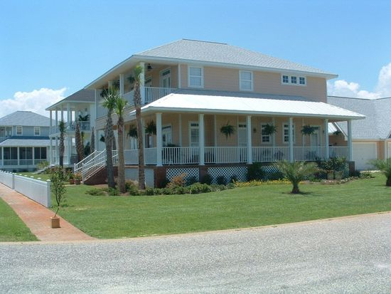 4034 Landfall Dr, Pensacola, FL 32507