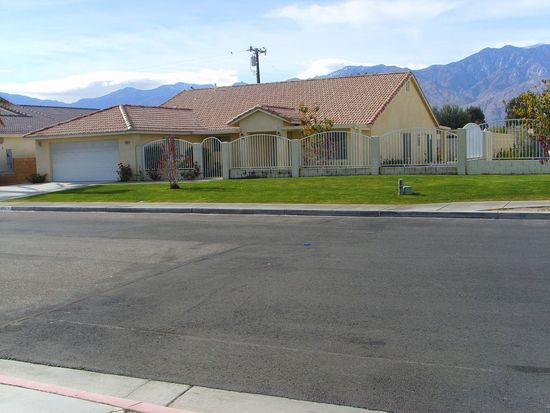 31355 Neuma Dr, Cathedral City, CA 92234