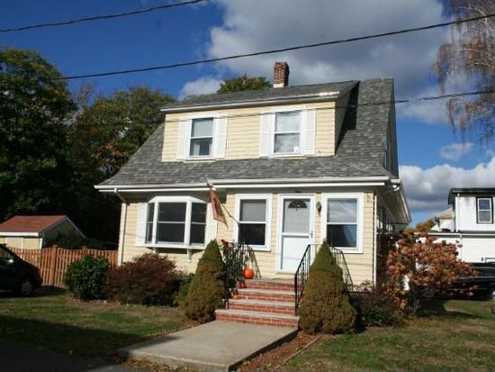 9 Willow Ter, Winthrop, MA 02152