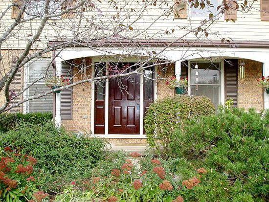 36W840 Oak Rd, Saint Charles, IL 60175