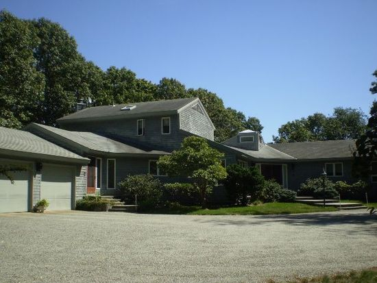 70 Pojac Point Rd, North Kingstown, RI 02852