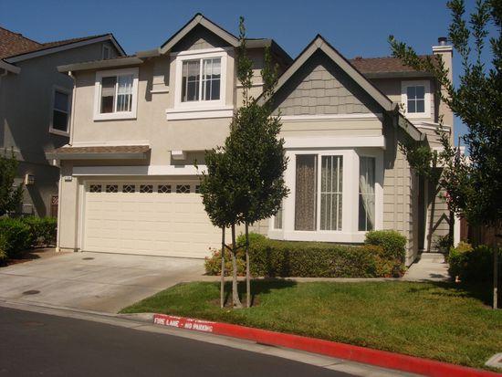 2104 Fisk Pl, Santa Clara, CA 95050