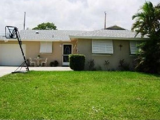 307 Balsam St, Palm Beach Gardens, FL 33410