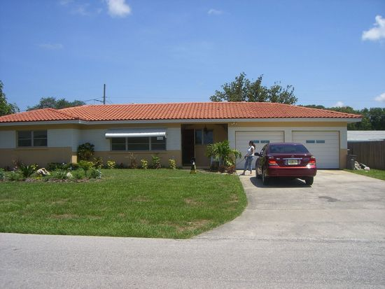 1528 Valencia St, Clearwater, FL 33756