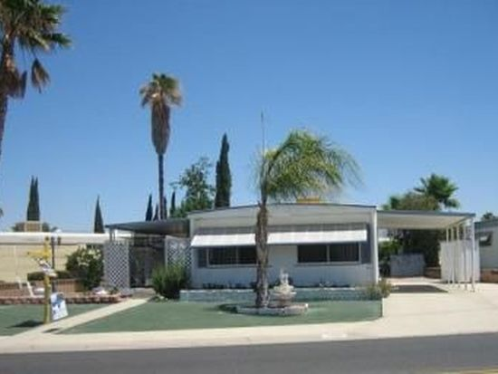 1298 W Johnston Ave, Hemet, CA 92543