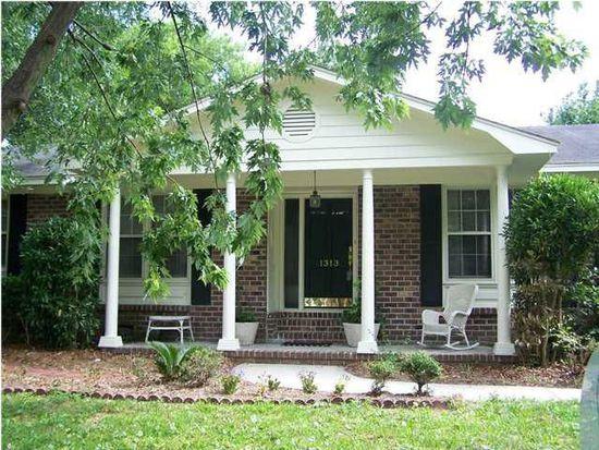 1313 Hampshire Rd, Charleston, SC 29412
