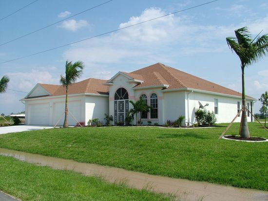 2048 NW 4th St, Cape Coral, FL 33993
