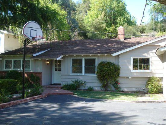 23327 Oxnard St, Woodland Hills, CA 91367