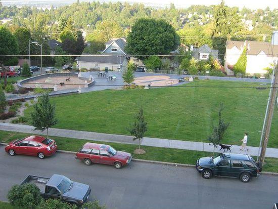 1725 24th Ave APT 301, Seattle, WA 98122