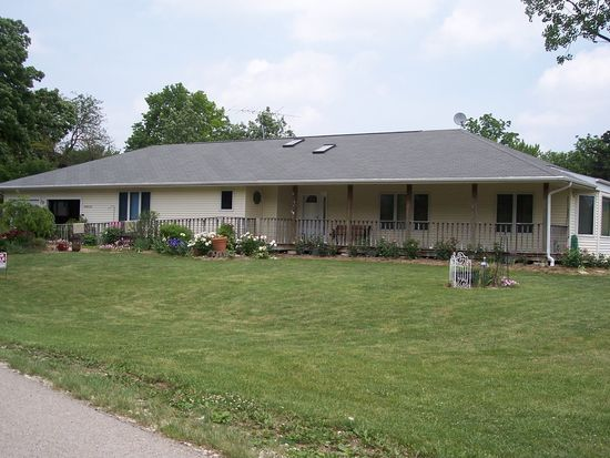 30W250 Wiant Rd, West Chicago, IL 60185