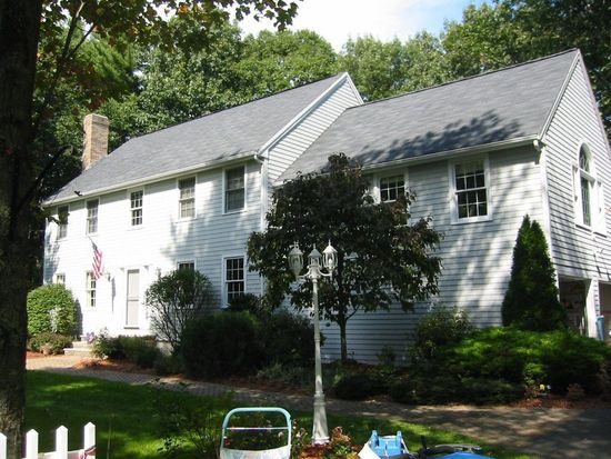 26 Gould Rd, Andover, MA 01810