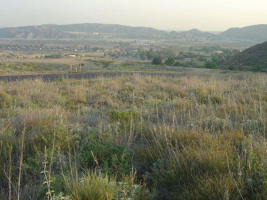 1155 Deercrest Dr, San Bernardino, CA 92407
