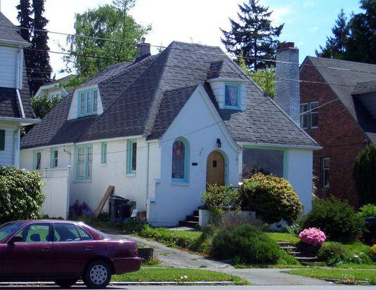 6218 E Green Lake Way N, Seattle, WA 98103