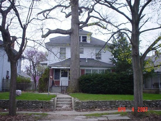 907 W 5th St, Anderson, IN 46016