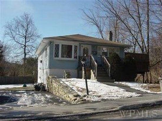 89 Putnam Dr, Kent Lakes, NY 10512