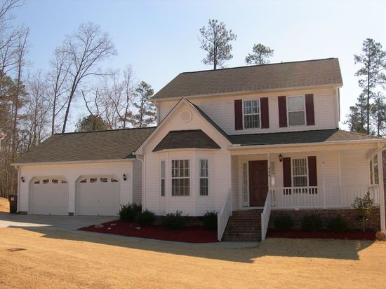329 Black Forest Dr, Clayton, NC 27527